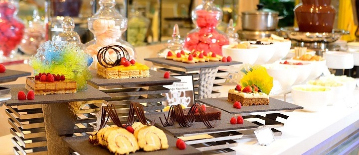 Buffet at Regal Hotel Hong Kong